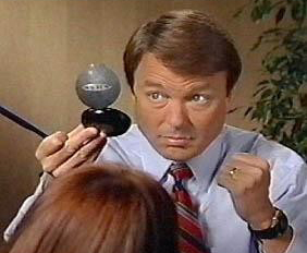 Article On John Edwards Never Once Mentions 'Democrat,' But attacks Republicans Five Times