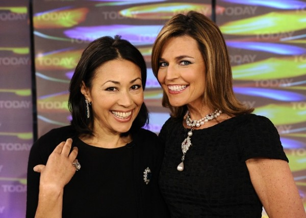 Awkward – NBC Pairing Fired Ann Curry With Her Replacement Savannah Guthrie