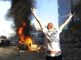 White people rioting!!