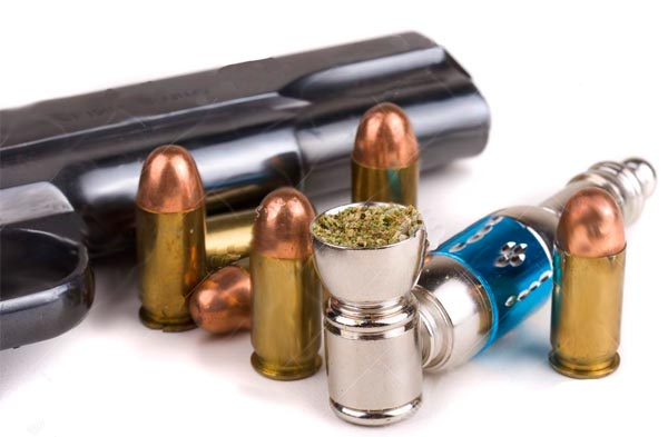 Illinois Wants Potheads to Give Up Their Second Amendment Rights