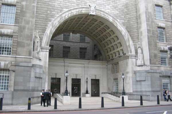 Former British Spy Chief Says Security Policies Jeopardize Free Speech