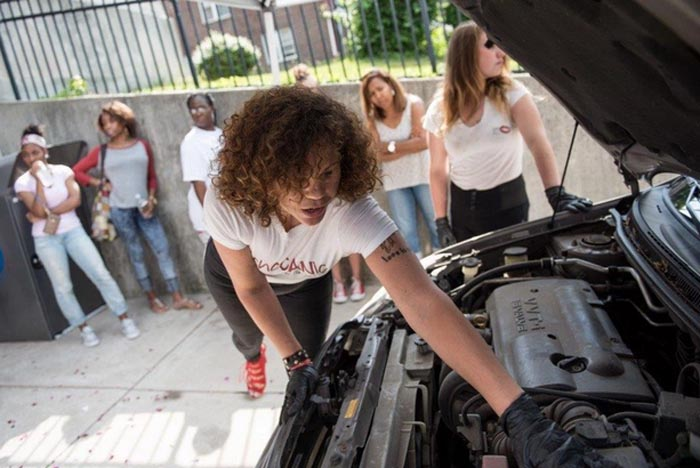 For Some Reason the Media Goes Ga Ga Over Woman Who Wants to Start an Auto Repair Shop