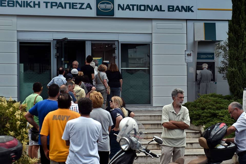 Greek Banks Shut Down Withdrawals – Could This Happen in America?