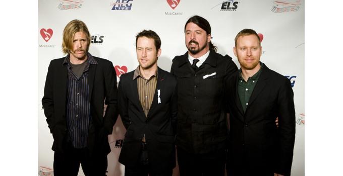 Foo Fighters Rickroll Westboro Baptist Church